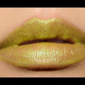 MAC oh sweetie key lime trifle lipgloss